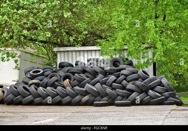 Large Tires Stock Photos Amp Large Tires Stock Images Alamy