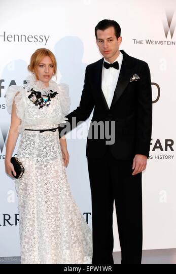 Cannes, France. 21st May, 2015. Josephine de la Baume, Mark Ronson .amfAR's Cinema Against Aids Gala.Cannes - Stock Image