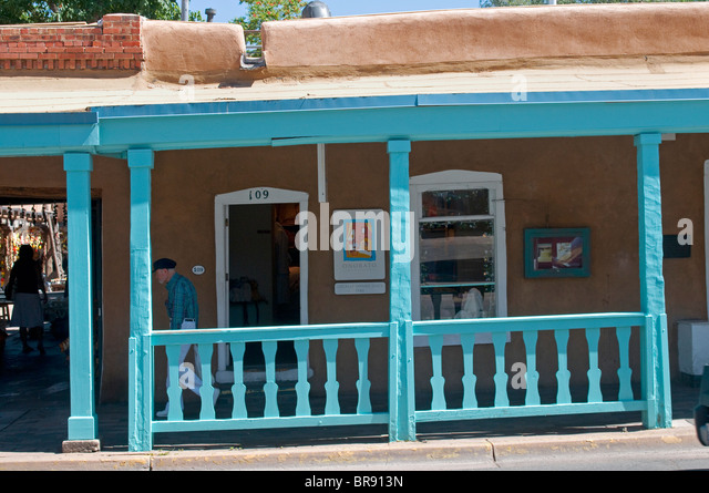Quaint shops of Santa Fe New Mexico - Stock Image
