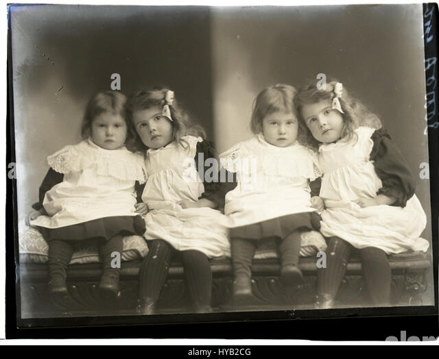 Goble children, nd (16677970926) - Stock Image