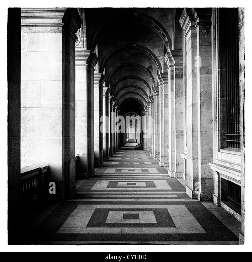 Passageway in grand building - Stock-Bilder