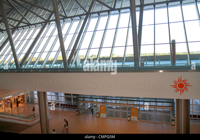 Uruguay Montevideo Carrasco General Cesáreo L. Berisso International Airport MVD Nuevo New Terminal interior - Stock Image