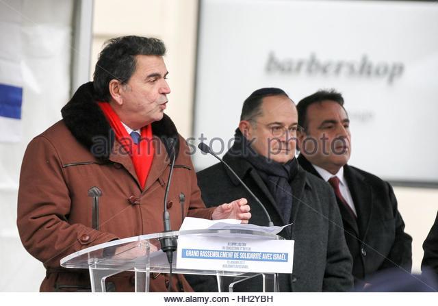 Paris, France. 15th Jan, 2017. French MP Pierre Lellouche (L), Ariel Goldmann (L), Ariel Goldmann Credit:, president - Stock Image