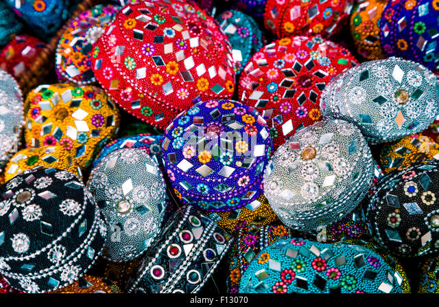 Gifts on sale in the old town of Sarajevo, Bosnia & Herzegovina. - Stock Image
