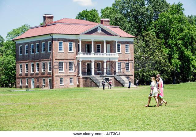 South Carolina Charleston SC Drayton Hall historic plantation preservation Palladian architecture garden - Stock Image