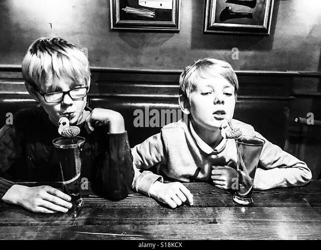 Two boys at cafeteria - Stock-Bilder