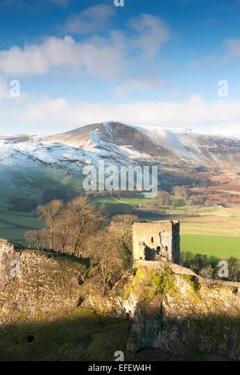 Peveril Castle and Mam Tor in Winter Peak District National Park Derbyshire - Stock Image