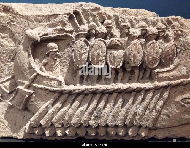 Roman soldier statue stock photos roman soldier statue stock images alamy - Taxi bagni di tivoli ...