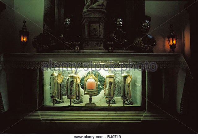 Saints relics, Capella Molin, the church of Santa Maria del Giglio, Venice, Italy - Stock-Bilder