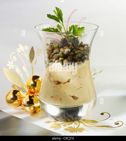 Verrine of mousse and lentils - Stock Image
