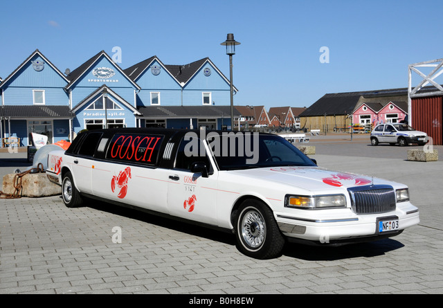 Stretch Limousines Stock Photos & Stretch Limousines Stock Images - Alamy