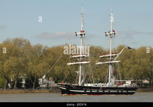 London, UK. 12th Apr, 2017. London, United Kingdom - April​ ​12: The TS Royalist sails at Greenwich ahead of the - Stock Image