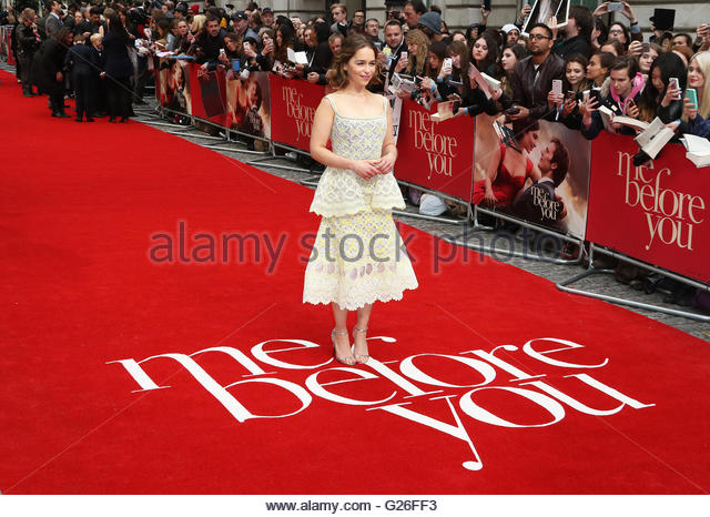 London,Great Britain. May 25th, 2016.  Emilia Clarke arrives on the red carpet ahead of the UK premiere of Me Before - Stock Image