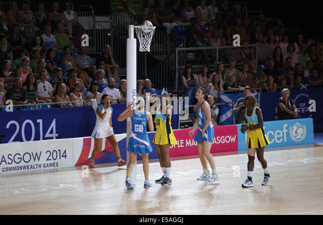 Netball Preliminary Match between Scotland and Saint Lucia at the Glasgow 2014 Commonwealth Games. Saint Lucia GS - Stock Image