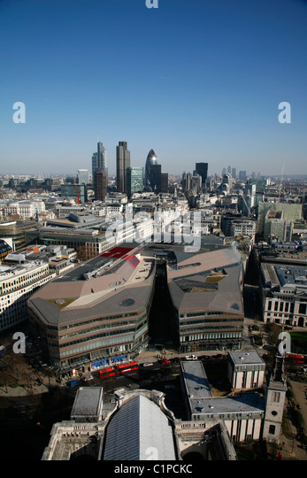 Elevated view over One New Change development to the skyline of the City of London - Stock Image