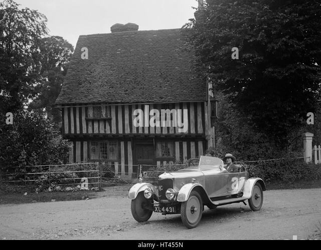 1930s house stock photos 1930s house stock images alamy - Ford garage wolverhampton ...