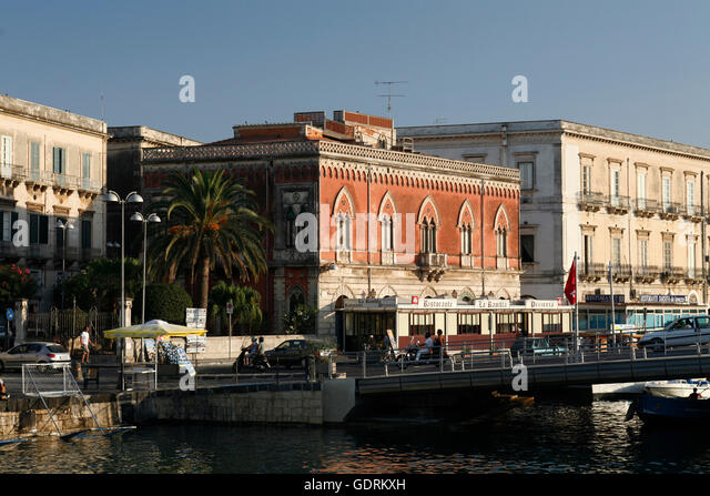 Sira stock photos sira stock images alamy for Design hotel sizilien