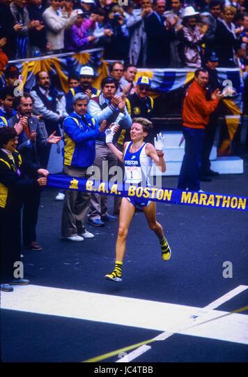 Ingrid Kristiansen (NOR) winner of the 1986 Boston Marathon - Stock-Bilder