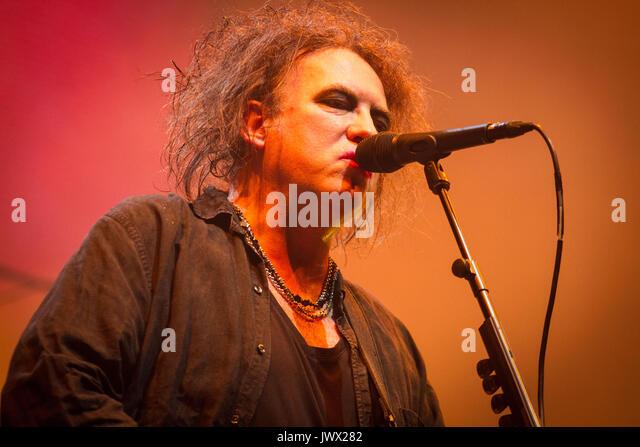 Assago (Mi), Italy 1st of November 2016 The Cure performs live at Mediolanum Forum, Assago, Milano. © Davide - Stock Image