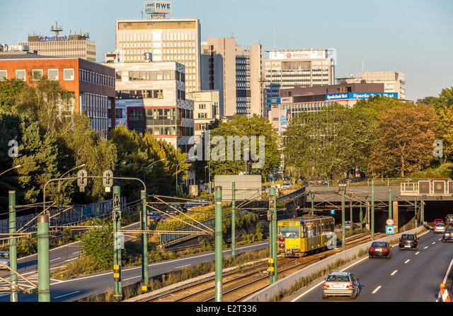 city tunnel cars stock photos city tunnel cars stock images alamy. Black Bedroom Furniture Sets. Home Design Ideas