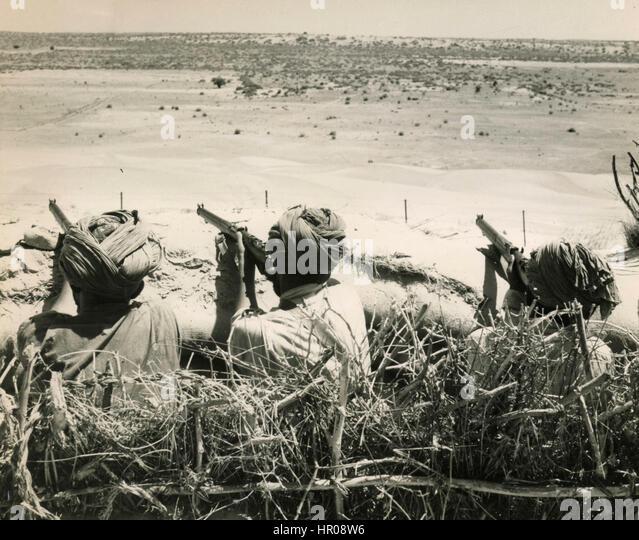 Volunteers from Sind tribal area guarding Pakistan frontier, 1965 - Stock Image