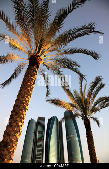 United Arab Emirates, Abu Dhabi, Etihad Towers, palms, - Stock Image
