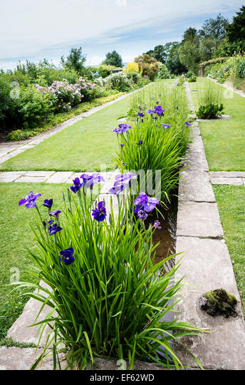 Gertrude jekyll garden design stock photos gertrude jekyll garden design stock images alamy for Gertrude jekyll gardens to visit