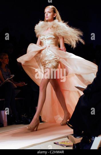 Lily Donaldson Mercedes Benz Fashion Week Stock Photos ...
