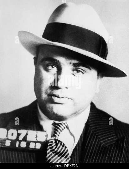 1920s PRISON MUG SHOT OF CHICAGO GANGSTER SCARFACE AL CAPONE - Stock-Bilder