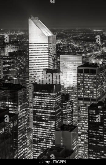 Black & White New York Midtown aerial view at nigh, with one of the tallest skyscrapers of Manhattan: the Citigroup - Stock Image
