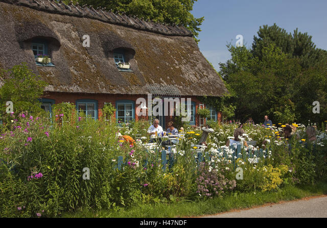 Germany, Schleswig - Holstein, region angling, thatched-roof house in Falshöft, - Stock Image