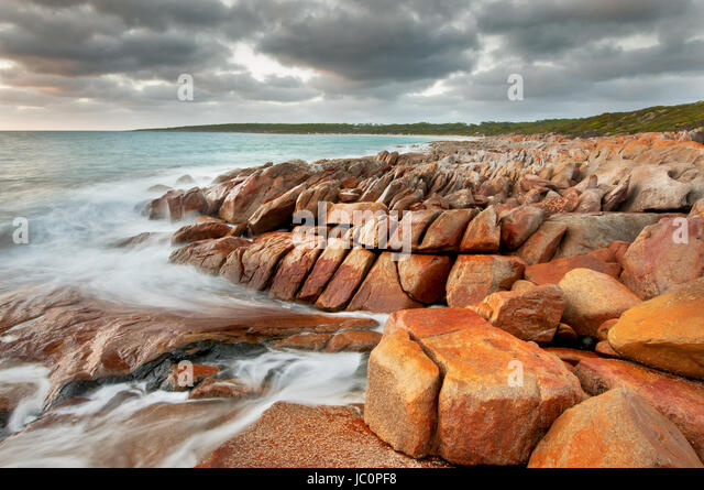 Rugged coastline at September Beach in Lincoln National Park. - Stock Image