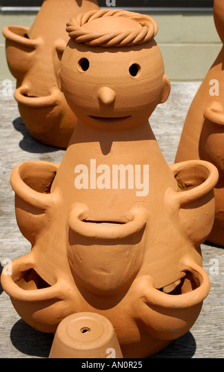 williamsburg virginia pottery factory famous shopping destination - Stock Image