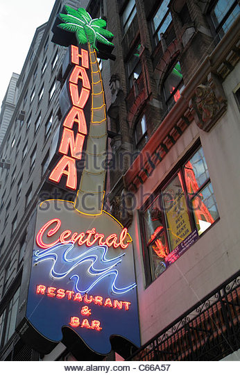 Manhattan New York City NYC NY Midtown 46th Street neon sign signage Havana Central Restaurant & Bar Cuban Food - Stock Image