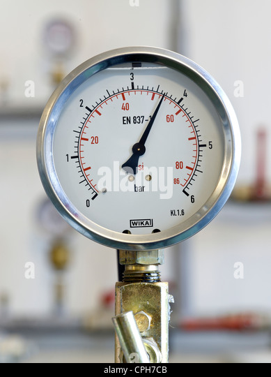 Gas Measuring Instruments : Manometer stock photos images alamy