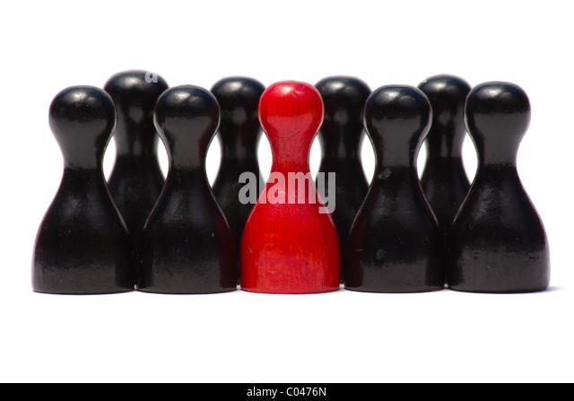 Das Bild zeigt Spielfiguren unterschiedlicher Farben. The picture shows counters wiht different colours. - Stock-Bilder