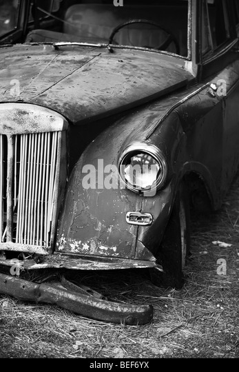 old car left to rest somewhere in samos - greece - Stock Image