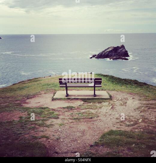 Empty bench in newquay cornwall - Stock Image
