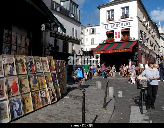 Le consulat stock photos le consulat stock images alamy for Restaurant le miroir montmartre