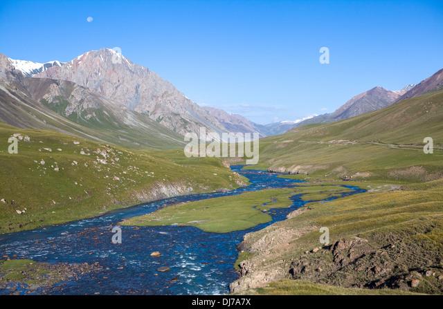 Landscape of mountain river Jil-Suu - Stock-Bilder
