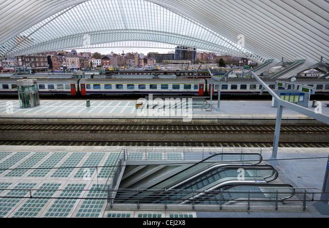 Platform at the  Liège-Guillemins train station at Liège, Belgium - Stock Image