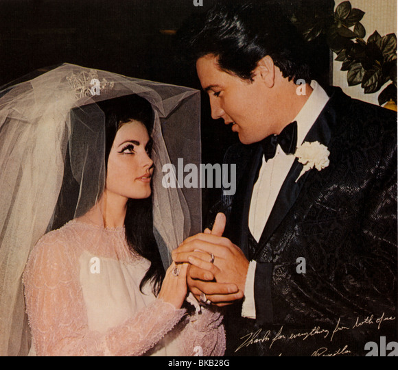 ELVIS PRESLEY MARRIAGE TO PRISCILLA PRESLEY (1967) ELV 009CP - Stock Image