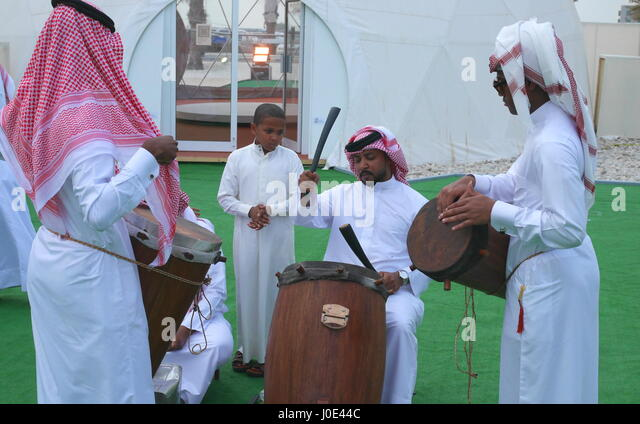 the tradition of arabic music In many arab capitals today, traditional arab music and western music are taught in government institutions organized in the western conservatory tradition unifying traits of arab music today, traits contributing to unity in arab music are numerous.