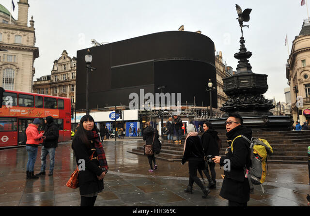 River Island Piccadilly Circus