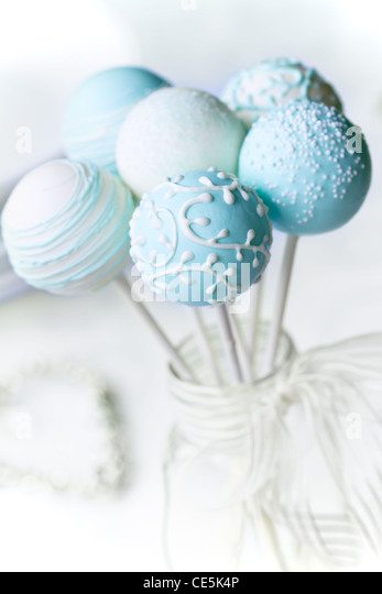 Wedding cake pops - Stock Image