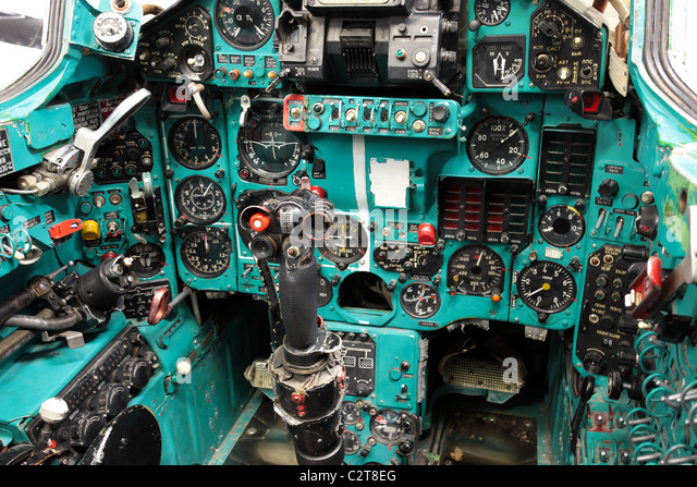 Aircraft cockpit and instuments, Mig-23 Flogger Soviet fighter jet. Captured by US Military for exploitation and - Stock-Bilder