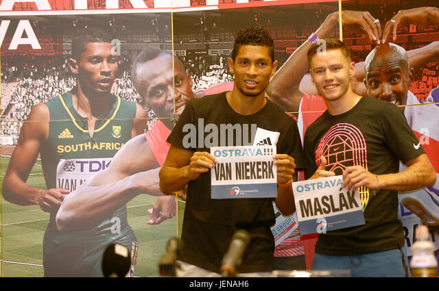 From left sprinters Thomas Wayde van Niekerk (South Africa) and Pavel Maslak (Czech) attend the press conference - Stock-Bilder