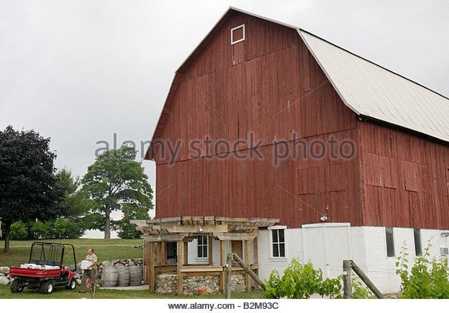 Michigan Traverse City Leelanau Peninsula Ciccone Vineyard and Winery red barn farm agriculture estate bottled wine - Stock Image