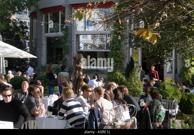 Switzerland Zurich Zuerich Cafe Terasse people - Stock Image