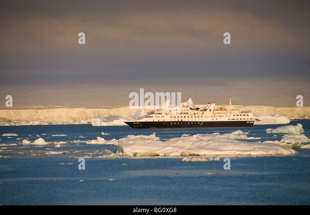 Ice in the Antarctic Sound, The Antarctic Peninsula, Antarctica, Polar Regions - Stock-Bilder